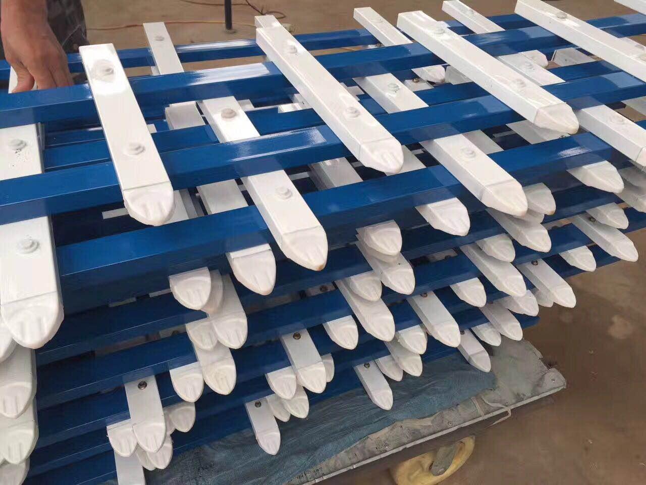 工程围栏 工程百叶窗 锌钢护栏扶手批发