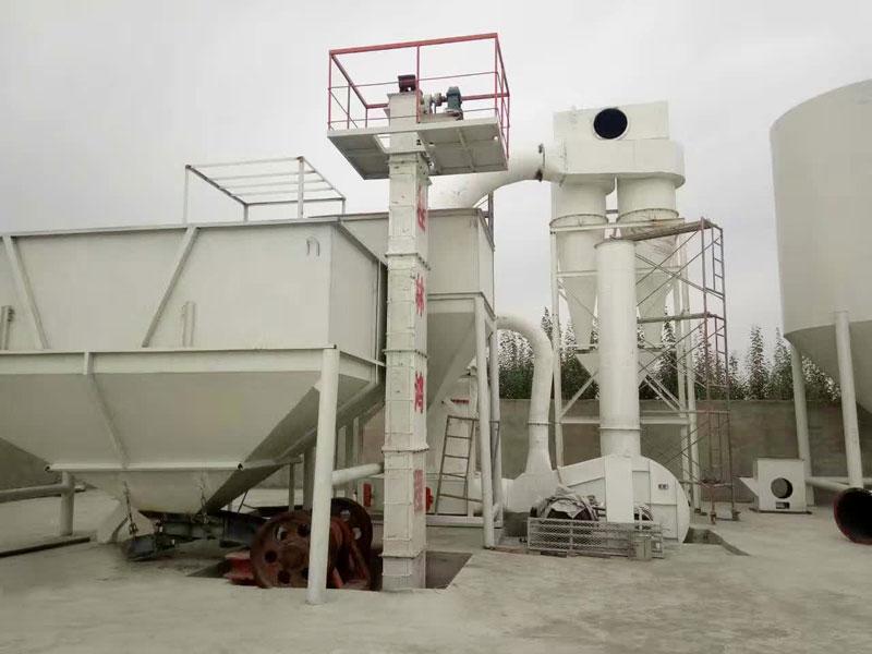 硅灰石磨粉机厂家新型雷蒙机鸿程矿石磨粉机器