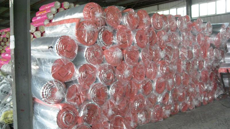 濟南玻璃棉制品生產廠家 買口碑好的玻璃棉制品,就來宏順達新型材料