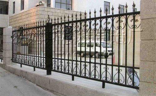 兰州铁艺护栏制作-铁艺护栏供应商