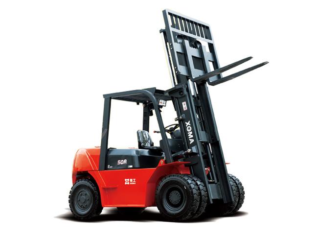 厦工6吨内燃平衡重式叉车