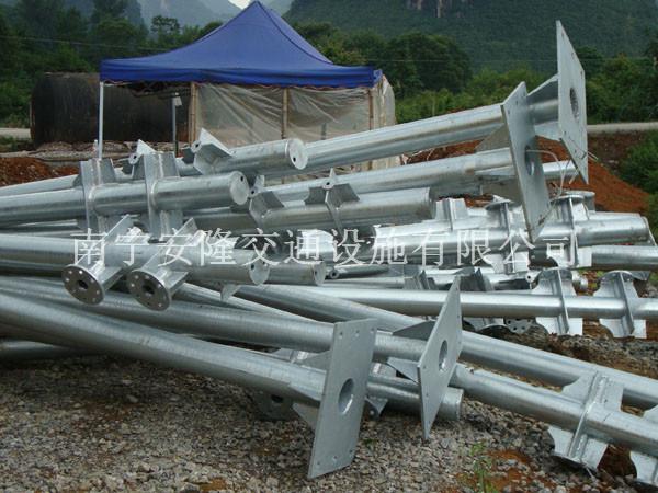 广西标志杆专业生产-安隆交通设施专业供应标志杆