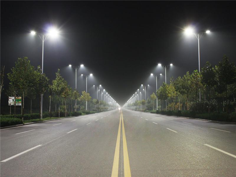 株洲哪有太阳能路灯卖/价格多少