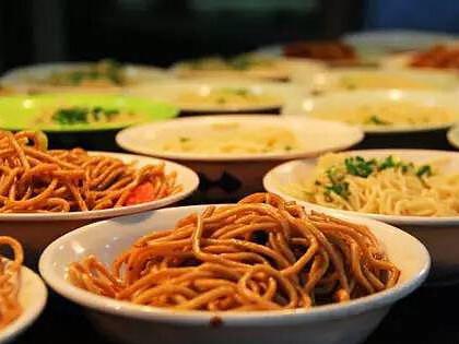 提供太原专业的食堂承包-饭堂托管服务