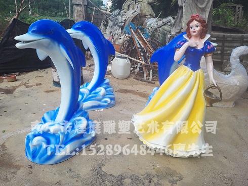 广西玻璃钢卡通雕塑,南宁雕塑厂