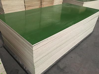 位于徐州质量好的覆膜板厂家-覆塑板动态