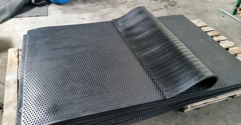 廊坊新大新化工建材供應安全的橡膠防滑墊-北京防滑墊生產廠家