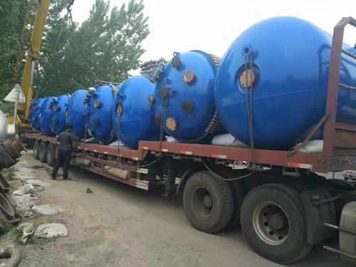 梁山华浜二手设备,专业的二手反应釜供应商 回收二手8吨不锈钢反应釜