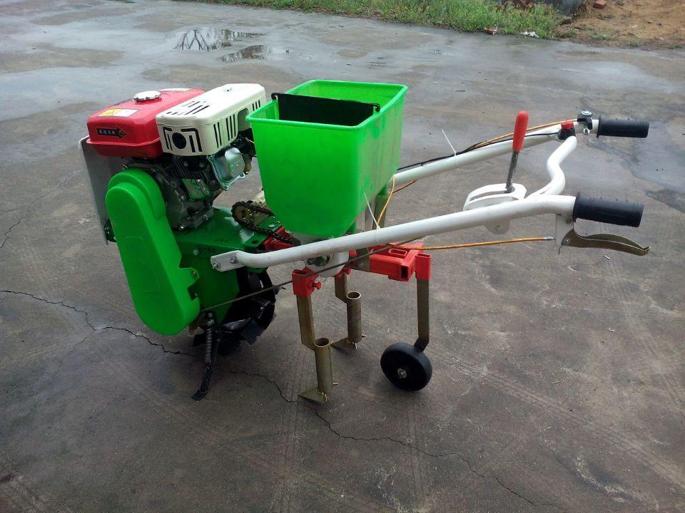 新型汽油施肥播种机多功能蔬菜播种机小型蔬菜播种机