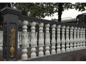 哪里能买到新疆水泥围栏-新疆水泥围栏采购