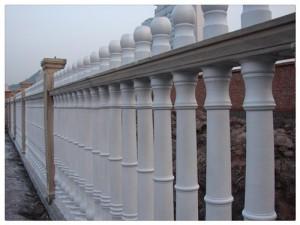 艺锦装饰材料厂销量好的新疆水泥围栏出售|伊犁哈萨克水泥围栏