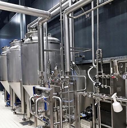 专注鲜酿啤酒设备惠州金麦源