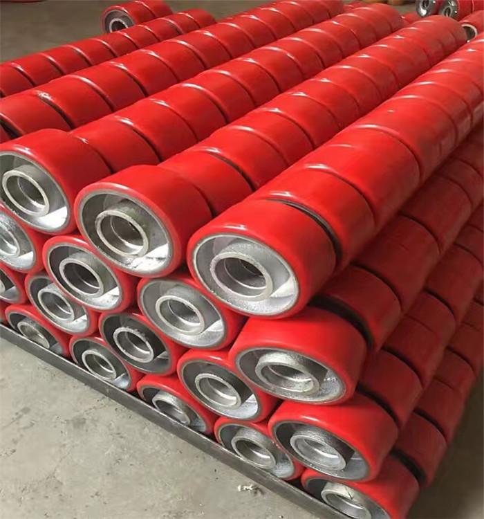广东液压叉车轮,专业的聚氨酯耐磨胶轮在哪买