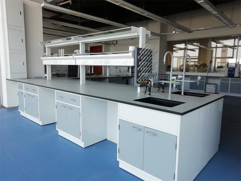 出售北京市优惠的防腐实验台价格——实验台
