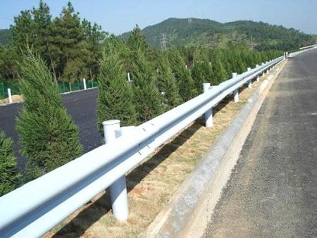 辽源高速公路护栏厂家_沈阳哪里有好用的公路护栏供应