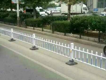 盘锦城市交通护栏|选好的城市护栏就到千汇交通设施有限公司
