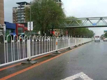 哈尔滨城市护栏价格-沈阳哪?#26032;?#21475;碑好的城市护栏