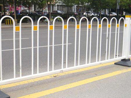沈阳城市交通护栏|不错的城市护栏在哪能买到