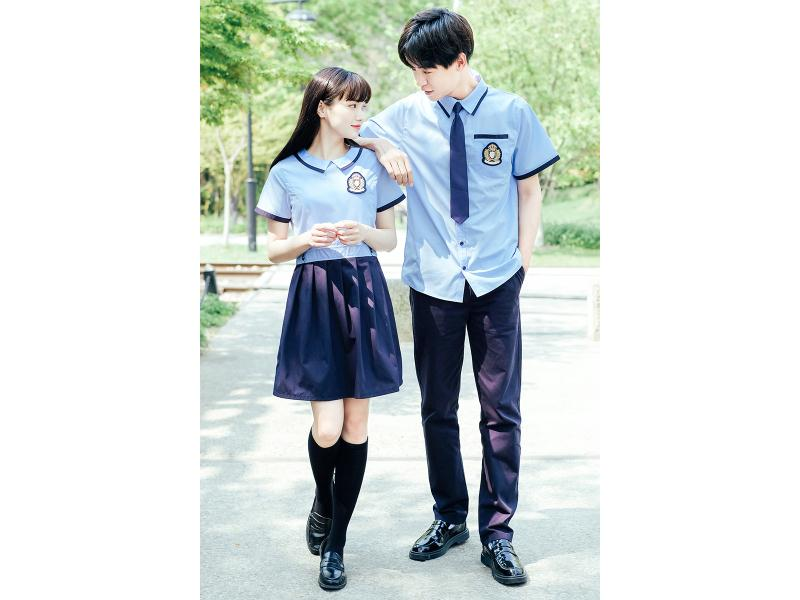 福建大学生校服_泉州款式新颖的大学生校服批发出售