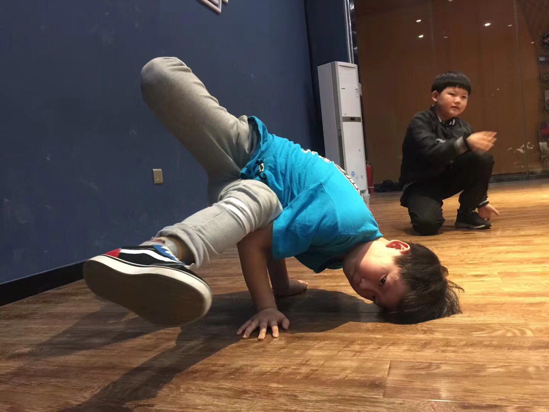 秦皇岛石家庄青少年街舞培训 河北石家庄青少年街舞培训专业机构