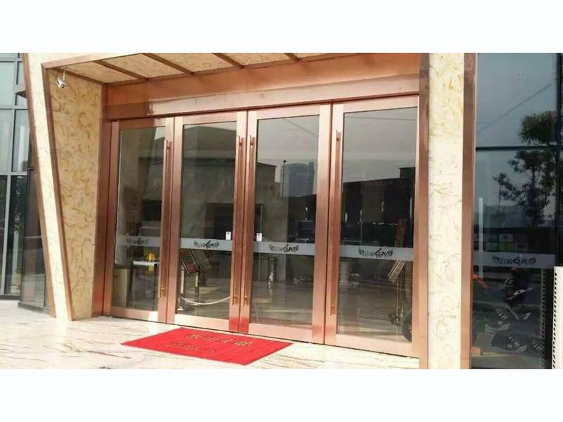 慶陽鋁合金推拉窗廠家-甘肅質量好的鋁合金門窗批銷