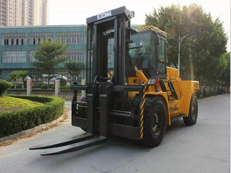 叉车出租哪里有 专业的叉车出租就在修武县恒力吊装