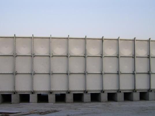 鞍山热泵水箱|知名的保温水箱安装公司当选沈阳中发玻璃钢安装