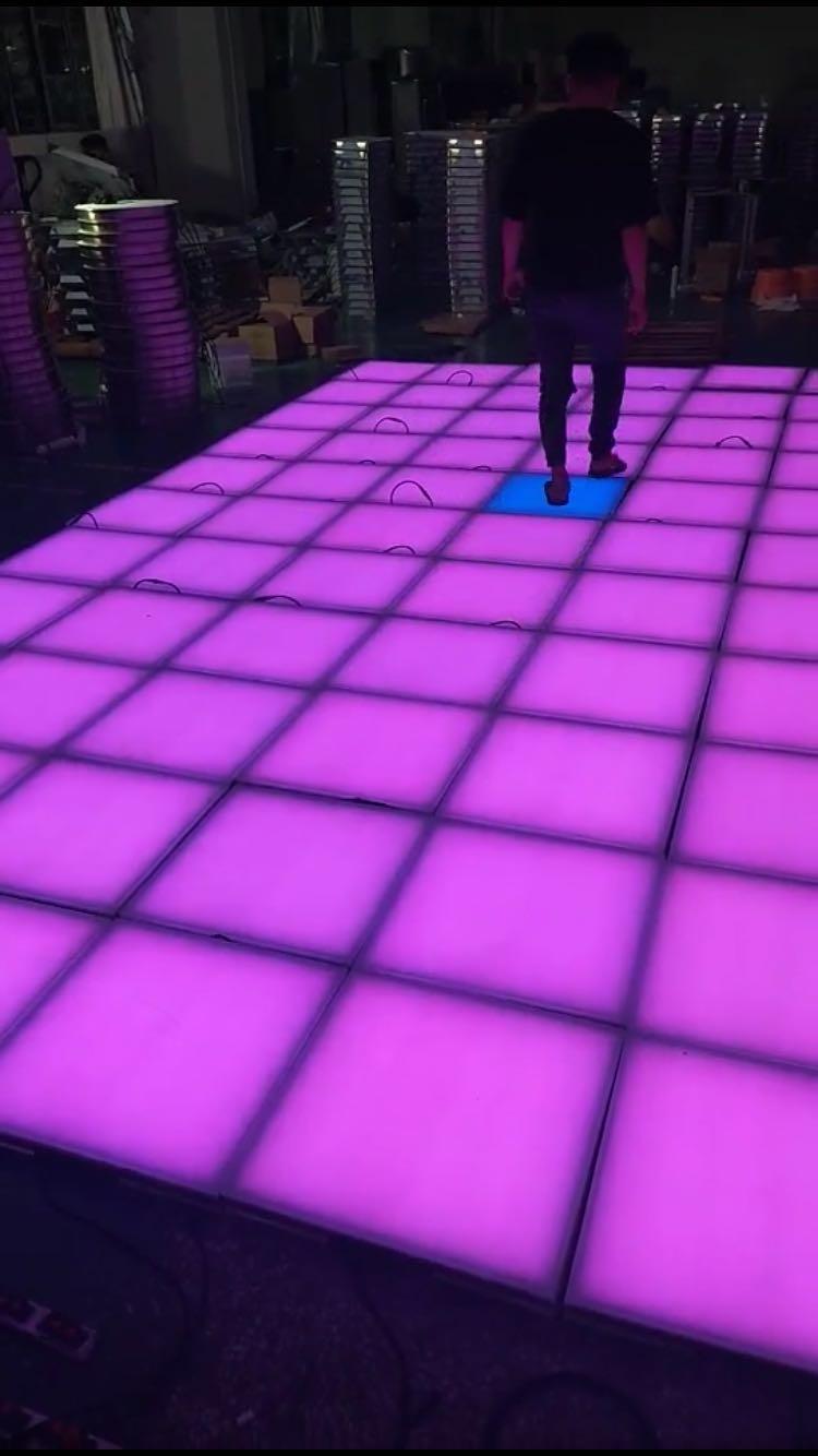 工厂直销500*500*60MM户外防水七彩效果LED地砖灯