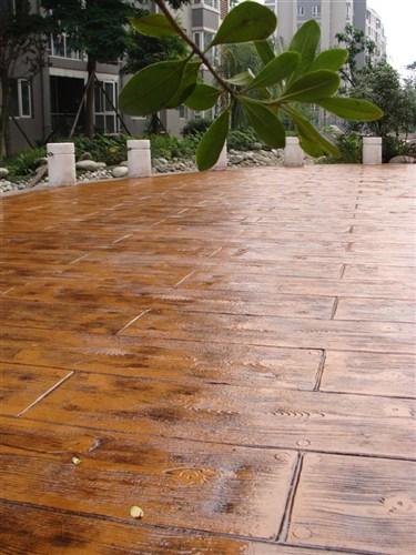 仿木地板價格范圍|肖氏景觀工程口碑好的仿木地板銷售商