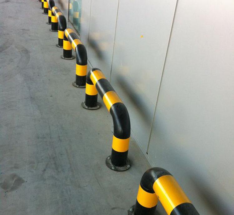 加油站防撞柱—抗冲击,使用寿命长,厂家直销