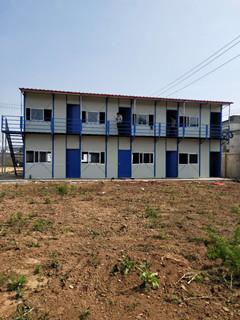 揚中市活動房回收,揚中市鋼結構廠房回收,揚中市夾芯板回收。