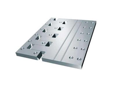 梳型钢板伸缩缝