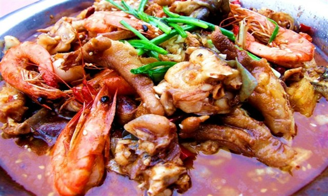 美蛙鱼头火锅加盟公司 上海美蛙鱼头火锅