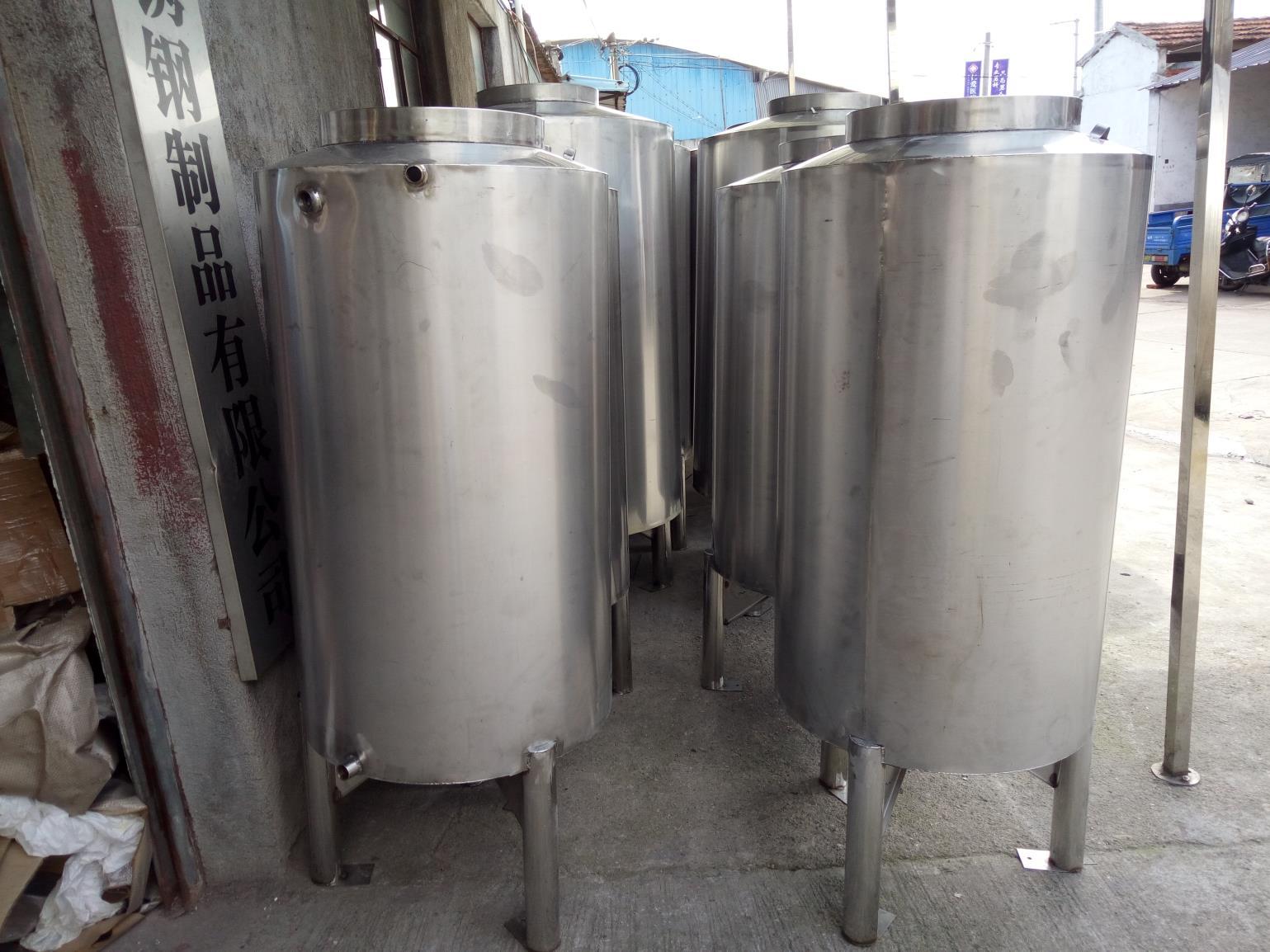 各种规格圆形水箱
