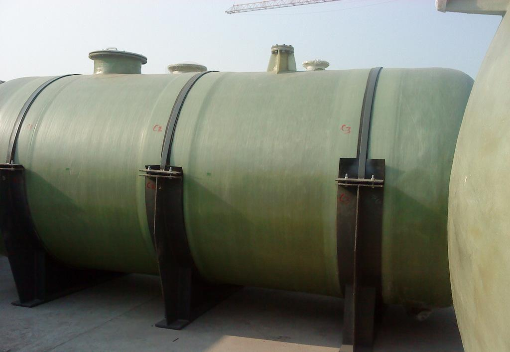 天津玻璃钢地埋罐——供应河北地埋玻璃钢储罐