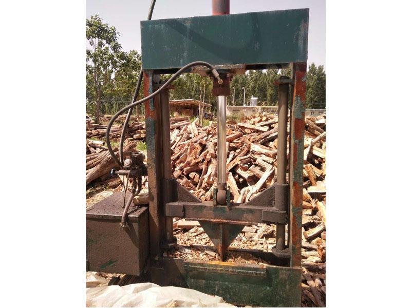 专业的密度板专用木片生产厂家,密度板专用木片价格