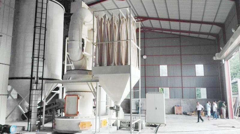 鸿程悬辊高压磨粉机HC1500干粉雷蒙磨粉机石灰石雷蒙磨
