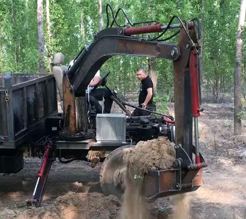 文德机械随车挖服务市场十余载,专注品质始终如一