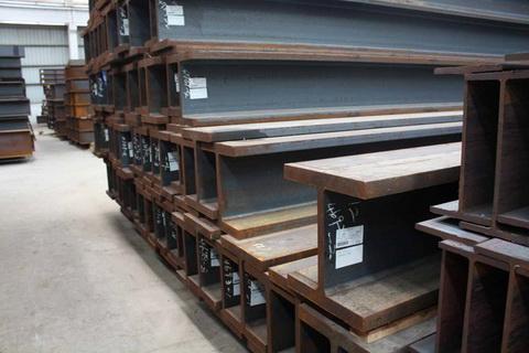 临港-直销:角钢,槽钢,圆钢,工字钢,H型钢镀锌类钢材。