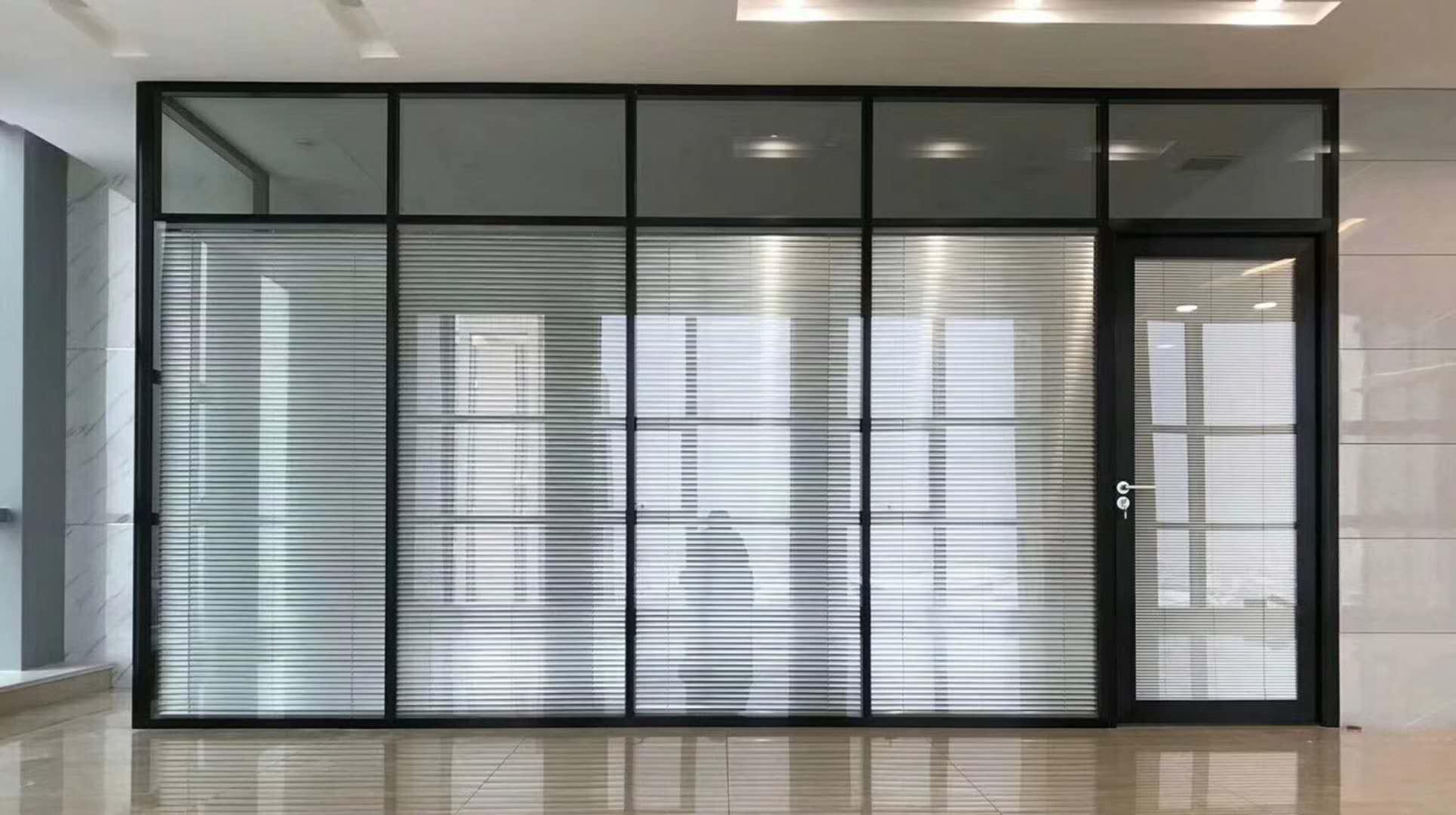 83款双玻百叶铝合金办公室隔断