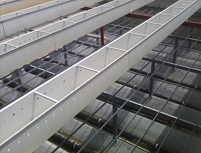 贵州水厂排水集水槽厂家-为您推荐优可靠的广西不锈钢集水槽