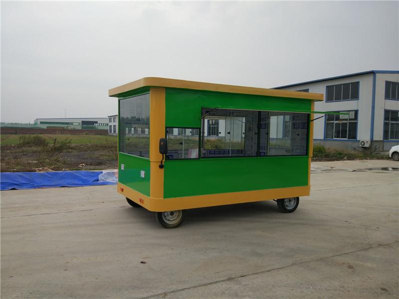 山東擺攤流動小吃車廠家,愛心餐車是您的放心之選