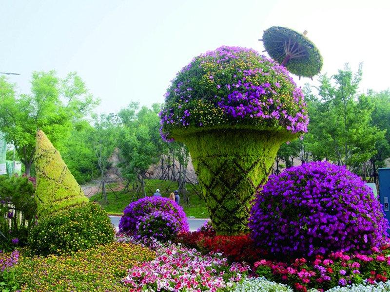 定做仿真卡通绿雕动物卡通造型动植物绿雕园林装饰绿化
