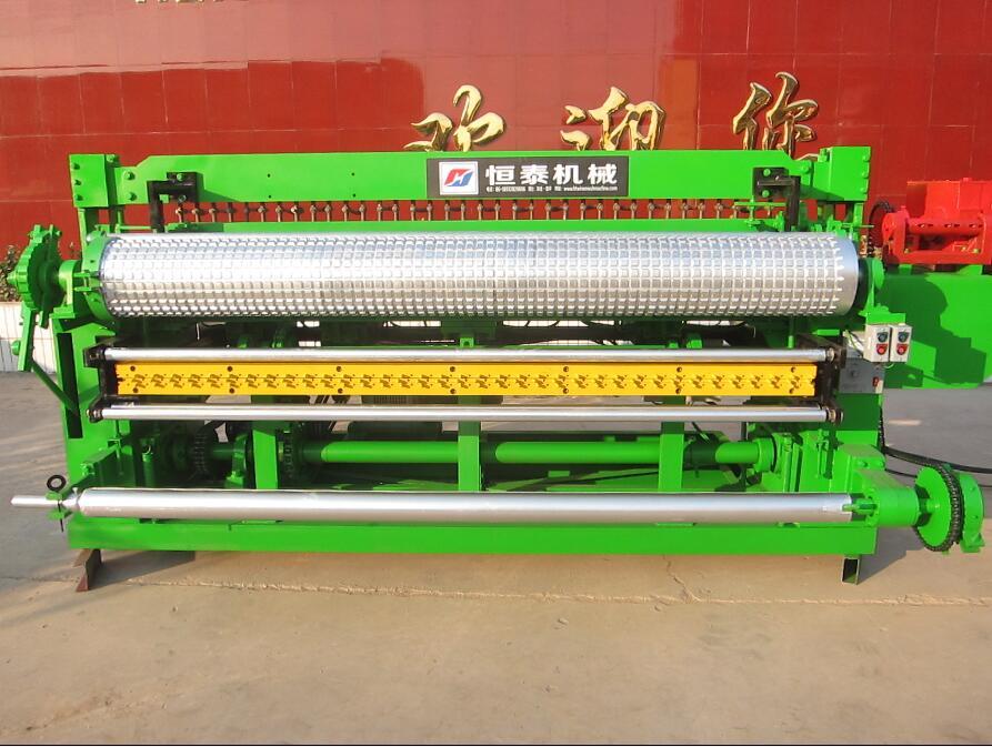 圈玉米网焊网机(卷网)