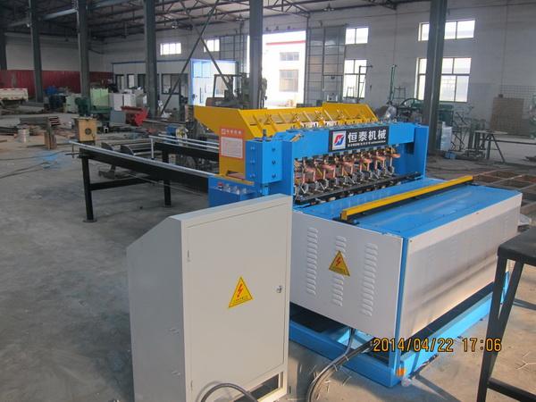 礦用錨網焊接機_規模大的恒泰全自動粗絲鋼筋網排焊機廠家