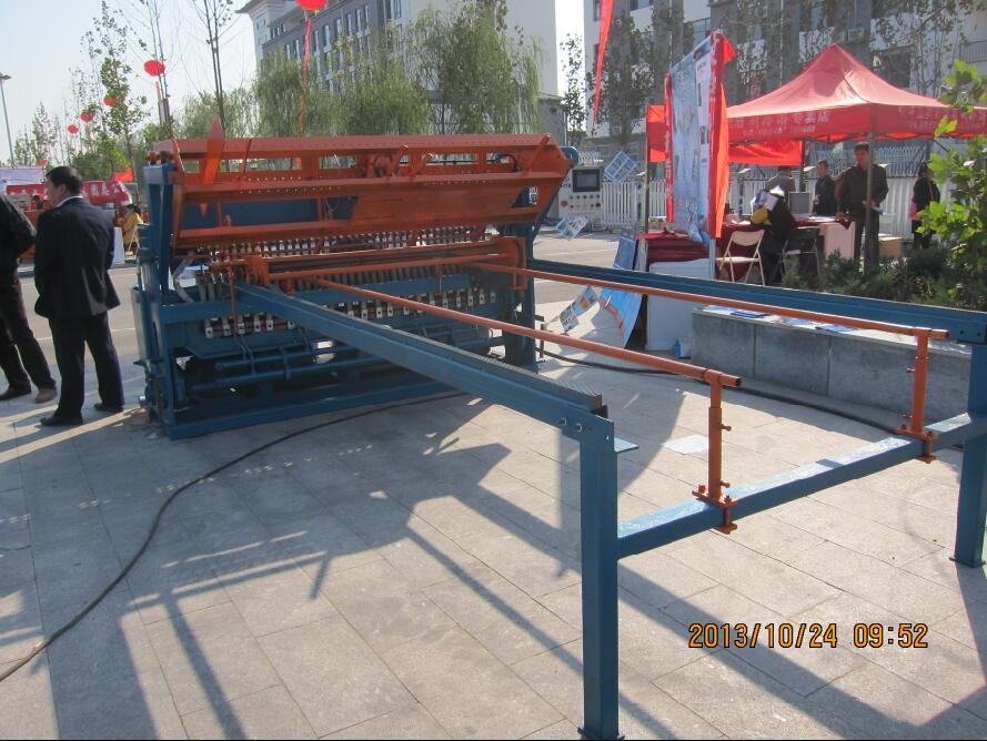 河北鋼笆網片排焊機-衡水報價合理的鋼笆網片排焊機哪里買