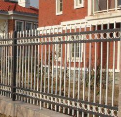 惠州园林栅栏效果图,长鸿艺钢划算的惠州学校栅栏供应