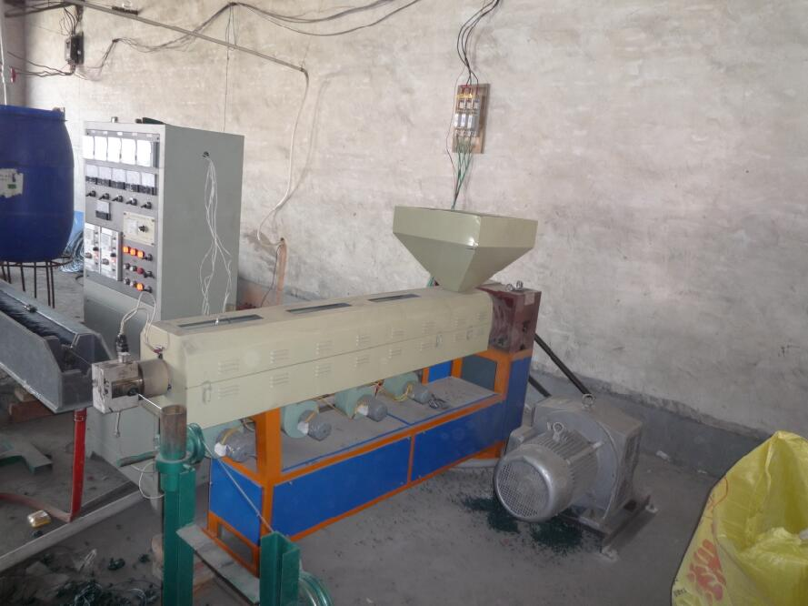 鐵絲網包塑機_衡水口碑好的安平恒泰專業產鋼鐵絲網用包塑機哪里買