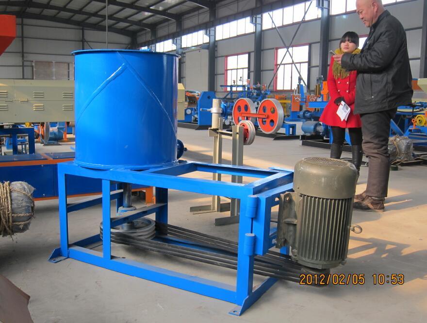 中国包塑机价格 具有口碑的安平恒泰专业产钢铁丝网用包塑机在哪买