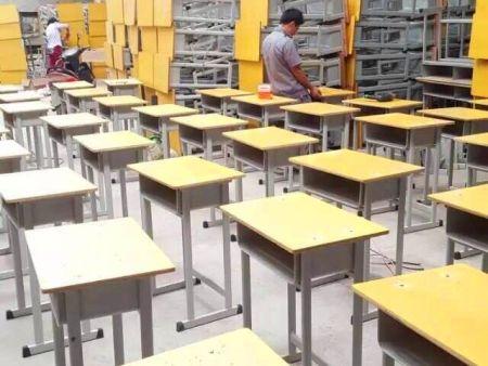 信阳课桌椅销售 轩逸家具品质保证
